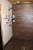 Pesuhuoneen suihkunurkkaus