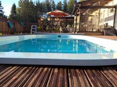 Uima-altaalta terassille ja kesäkeittiölle