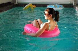 Pulahda uimaan 34m3 uima-altaasen!
