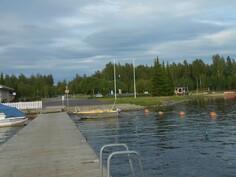 Hieno vene- ja uimaranta