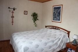 Isoin makuuhuone
