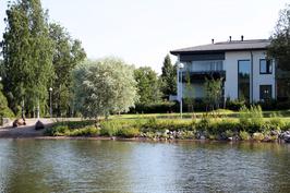 Ulkokuva1 - järveltä