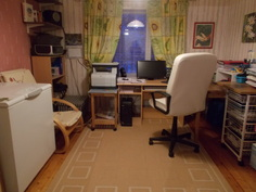 Alakerran mh-/toimistohuone