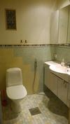 UusiPuoli- pikku wc