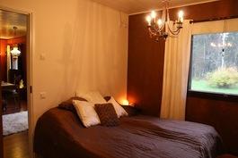 Makuuhuone 1 (kuva2)