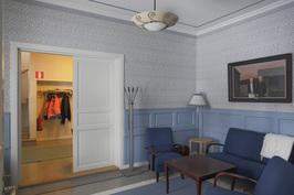 Oleskeluhuone, aulan ja kokoushuoneen välissä  1 krs