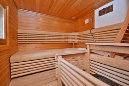 Sauna, päärakennus
