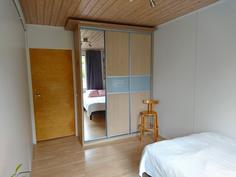 Makuuhuone 2 Inaria kaapisto