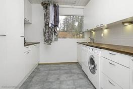 Kodinhoitohuone Miele pesukone ja kuivain