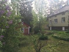 Pihapiiri ja saunarakennus