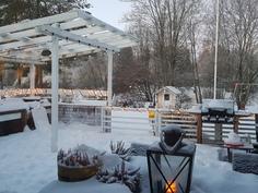 Talvinäkymä terassilta