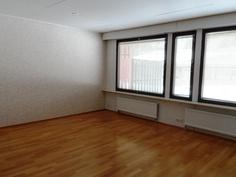 olohuone, väliseinää yhdelle lisähuoneelle ei ole tehty