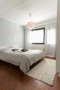 Makuuhuone, jossa ranskalainen parveke