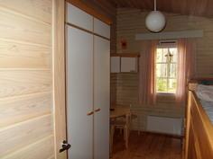 Keittiönviereinen makuuhuone