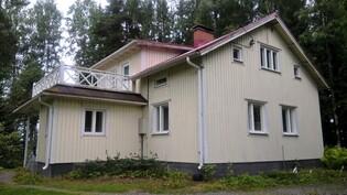 Talon kuva, ylhäällä parveke