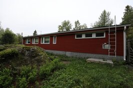 Kuva talosta Väksintien puolelta