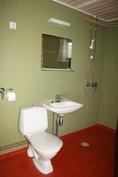 kylpyhuoneen kalustoa