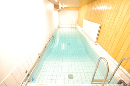 taloyhtiön uima-allas